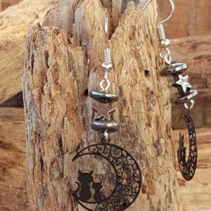 Boucles oreilles Pendantes perles en Hématite – estampe chat noir