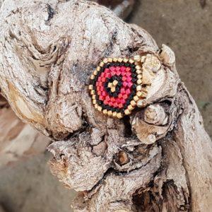 Broche pins tissage écusson – Rouge Noir et Doré – Taille M