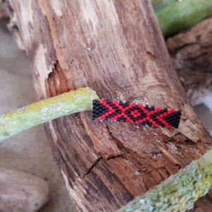 Broche Tissage Rectangle – Rouge et Noir