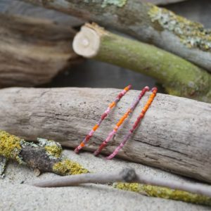 Bracelet simple rang – Lot de 3 – perles Miyuki sur câble fin – Sucre d'orge – Rose Orange Rouge et Mauve
