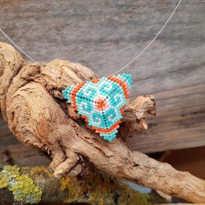 Collier Tissage Triangle sur Câble – Corail – orange, saumon, vert pale, vert turquoise, argent et blanc – Taille L