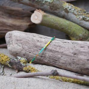 Bracelet simple rang – type 2 – perles Miyuki sur câble fin – Bahia –  Vert , Turquoise , Jaune et Doré