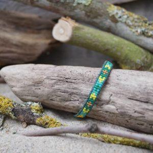 Bracelet tissage plat ethnique et wrap sur lien de cuir vert bleu  – Bahia –  Vert , Turquoise , et Doré
