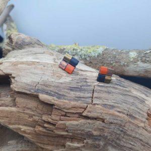 Boucles d'Oreilles Puces – Perles carrées – Citrouille – perles carrées – Noir, Rouille, Or, Sunset