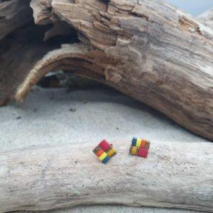 Boucles d'Oreilles Puces – Perles carrées – Iroquois Bleu – Bleu, Ocre, jaune, Brique, Bronze, Orange, Rouge