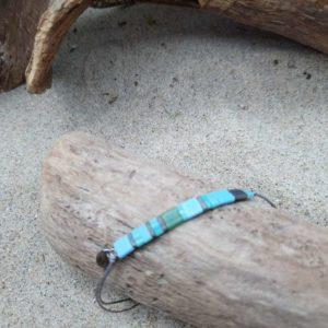 Bracelet  Rectangle – Lagon – perles carrées – vert foncé, vert turquoise, bleu ciel, bleu roi, gris